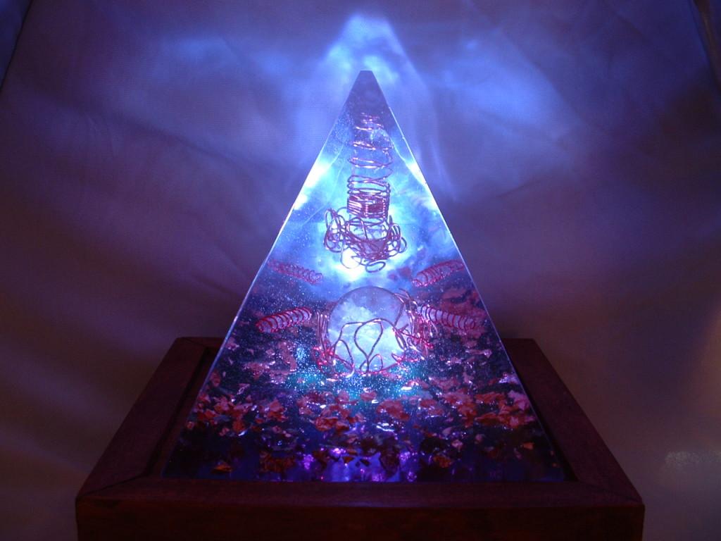 orgonitová pyramida